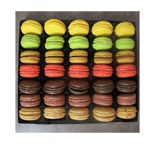 http://www.levillage.com/617-thickbox_default/french-macarons-assortment.jpg